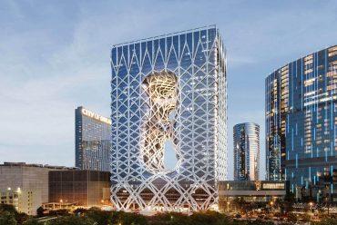 New Zaha Hadid-designed luxury hotel opens
